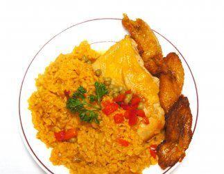 ARROZ ROJO: el arroz es bastante económico y si al momento de prepararlo...