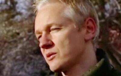 Julian Assange, fundador de Wikileaks, dejaría la embajada de Ecuador