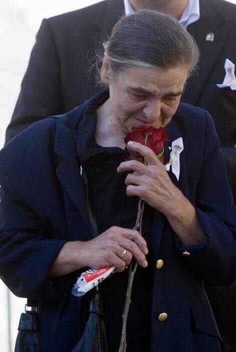 Esas manifestaciones han dividido incluso a los familiares de las víctim...