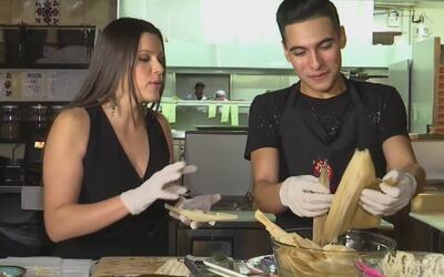 Aprendimos a preparar unos deliciosos tamales de la mano de Cheyo Carrillo