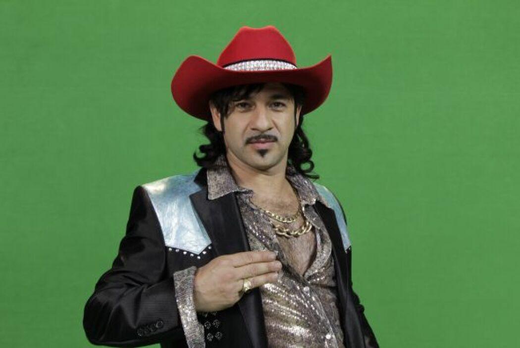 El vocalista y principal del grupo es Zacarías III (Miguel Rodarte) un e...