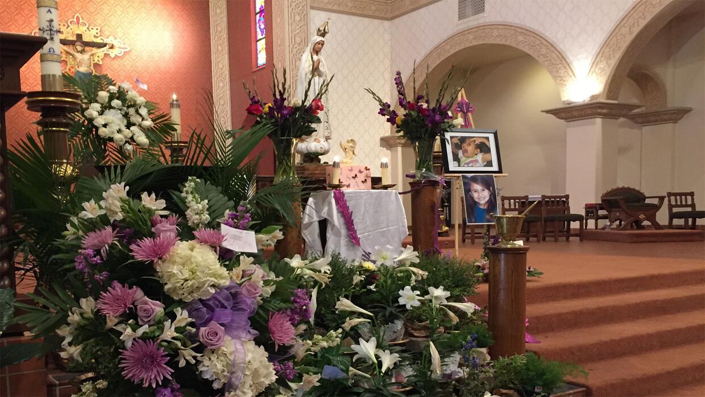 Univision Arizona Inicio Eucaristia Isabel 3.jpg