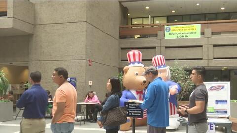 San José presenta monumentales filas para ejercer el derecho al voto ant...