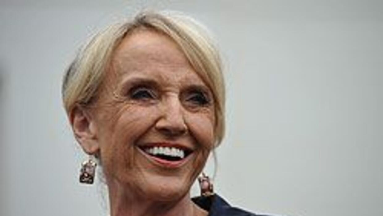 La gobernadora de Arizona, Jan Brewer, tendrá que esperar para la revisi...