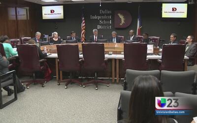 Cuatro hispanos buscan lugar en el DISD