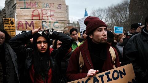 Imagen de una protesta este sábado en torno a las políticas migratorias...