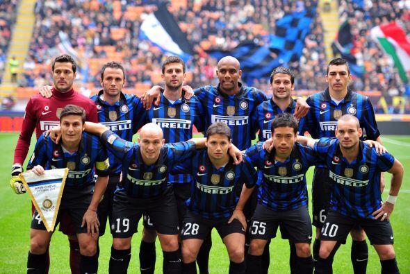 Más tarde fue el turno del Inter de Milán en su duelo ante el Chievo Ver...