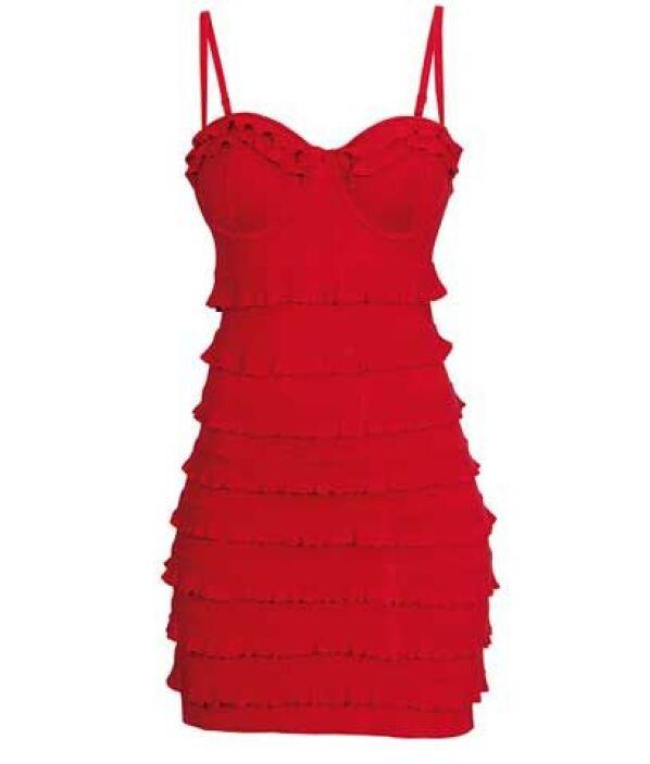 ¿Te gustaría verla súper hot? Entonces un entalladito vestido es la mejo...