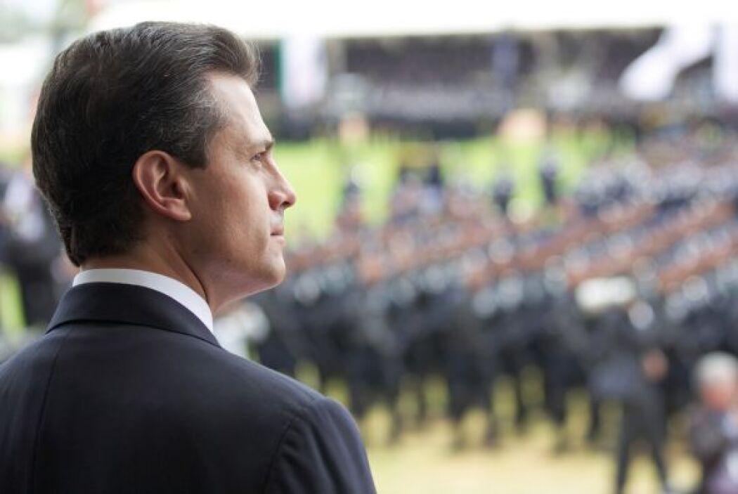 El presidente Enrique Peña Nieto encabezó el festejo por el Día del Poli...