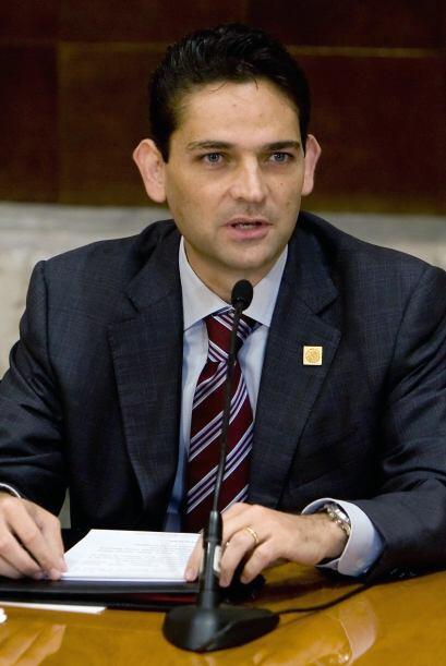 JUAN CAMILO MOURI'O.  Quien fuera secretario de Gobernación (mini...