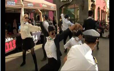 Flashmob Plaza México con motivo del estreno de 'La Piloto'