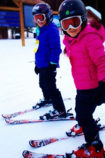Antonella y Michaella, hijas de Karla, están felices disfrutando de la n...