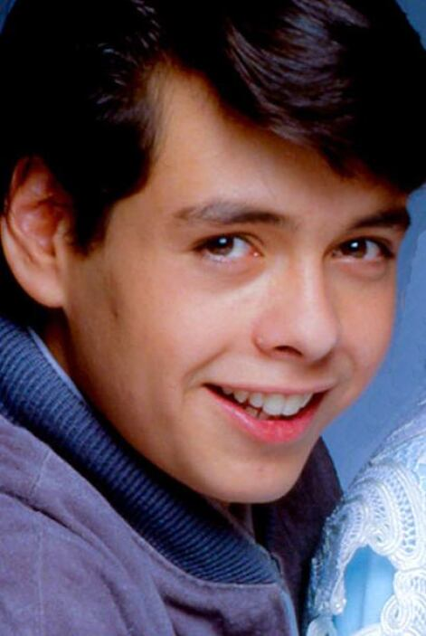 Rodrigo interpretaba al hermano de Lucero. Incluso el actor dijo alguna...