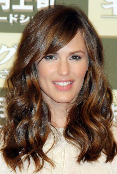 Mucho se ha comentado que Jennifer se operó los labios y los p&oa...