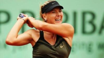 Maria Sharapova sigue adelante en el Roland Garros.