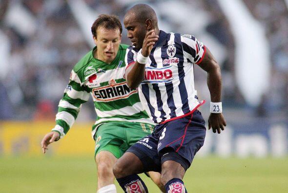 Tras caer 1-0 ante Monterrey, Santos ocupó el último sitio...