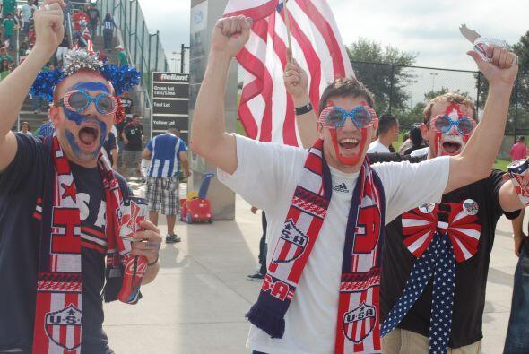 El primer partido era el de Estados Unidos ante Panamá. Los aficionados...