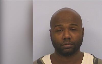 Surgen dos nuevos sospechosos por el homicidio de un joven afroamericano...