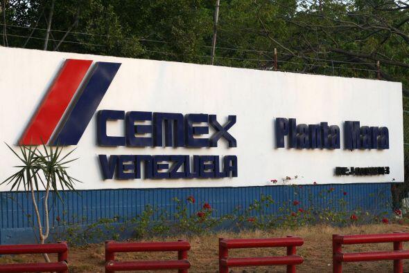 VENEZUELA VS. CEMEX- En abril de 2008 el presidente Hugo Chávez, ordenó...