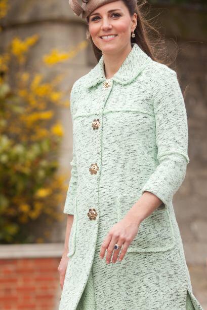 La impecable forma como viste Kate Middleton ha seguido presente durante...