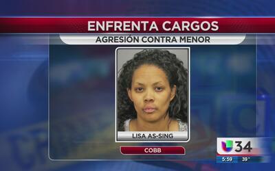 Una madre en el condado de Cobb enfrenta cargos por golpear a su hijo