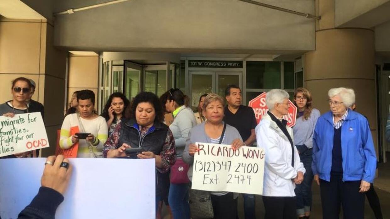 Manifestación para parar la deportación de Manuel Román
