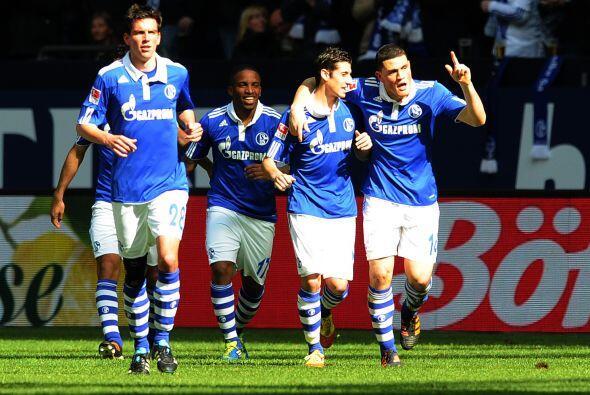 10. SCHALKE 04- Subiendo dos peldaños encontramos al Schalke 04, marca q...