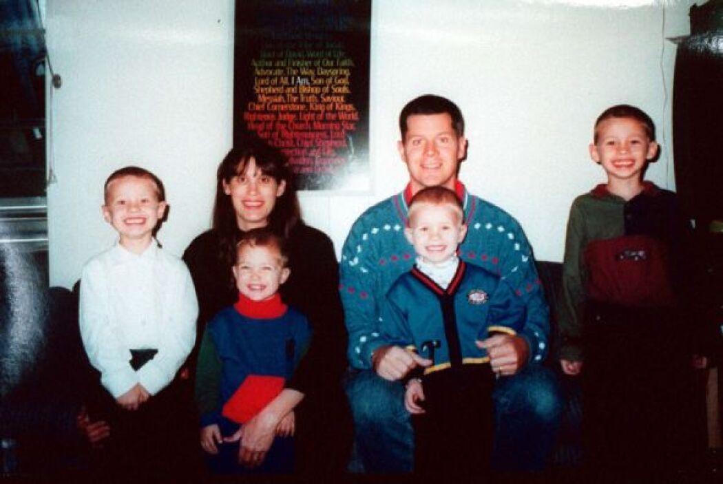 Esta foto familiar de Yates, quedaría como una extraordinarias muestra d...