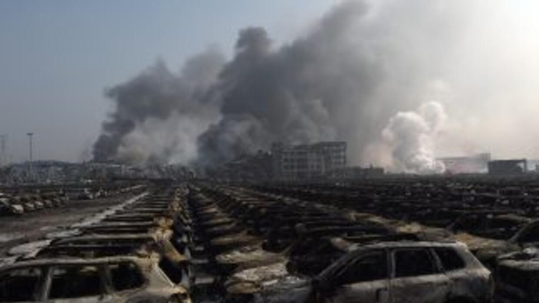 Carros en los alrededores de la explosión. (GREG BAKER/AFP/Getty Images)