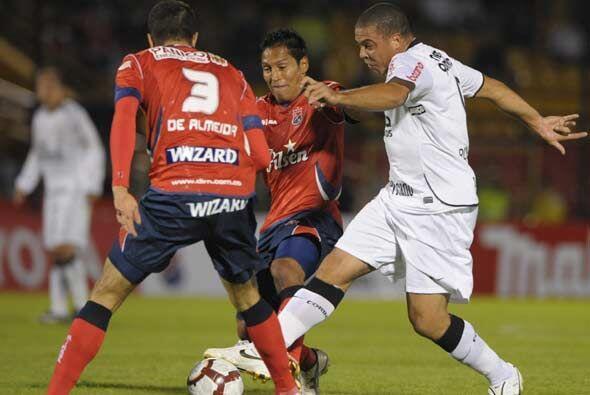 El equipo de Ronaldo, fue reemplazado, lidera el Grupo con cuatro unidad...