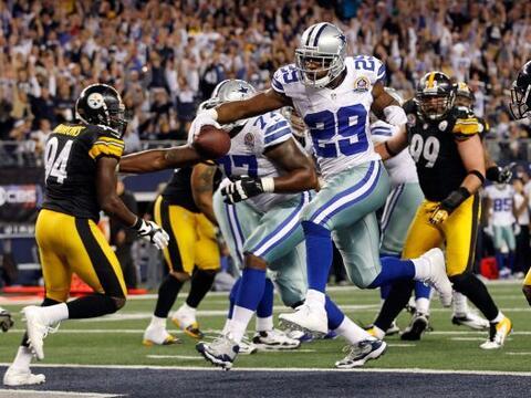 Los Cowboys lograron un importante triunfo ante los Steelers 27-24 en ti...
