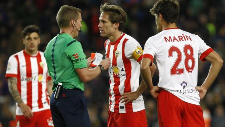 Ni las fallas arbitrales evitaron que el Almería sumara tres puntos.