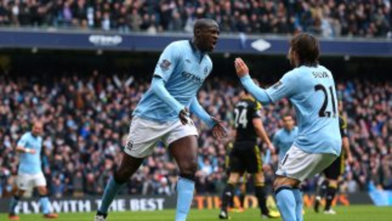 Yayá Touré abrió el marcador en favor del City 11 minutos después de que...