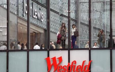 Al este de Londres de inauguró el centro comercial más grande de Europa,...