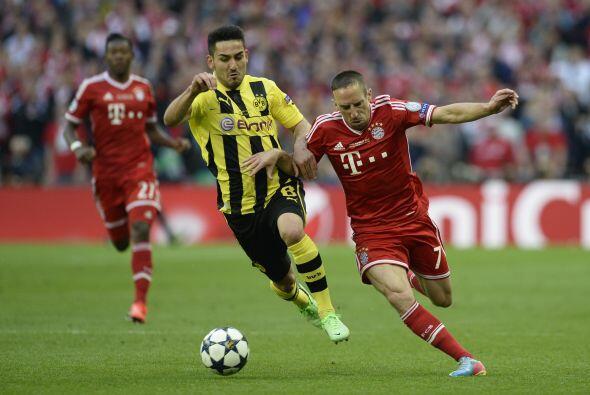 Bayern se sacó un poco el dominio del Borussia jugando a la contr...