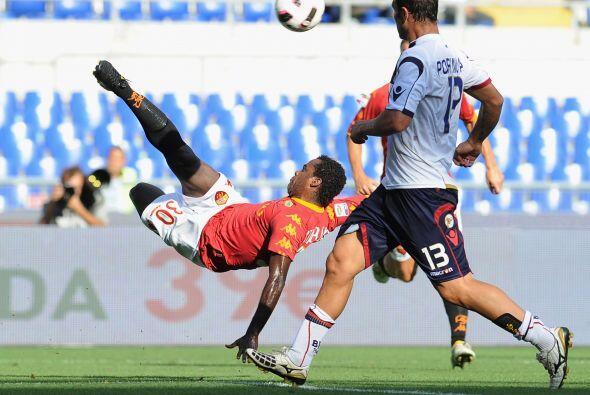Roma y Bolonia dieron un duelo con goles y algunos empujones que pudiero...