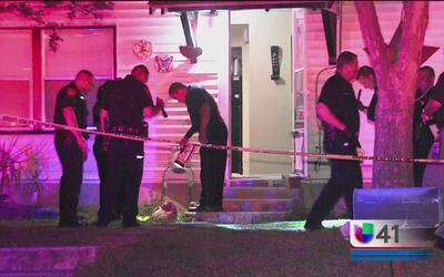 Autoridades buscan a sospechoso de asesinar a un hombre en su propia casa