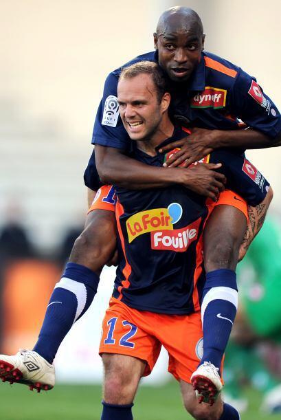 En ese mismo juego, Geoffrey Dernis del Montpellier quería salir corrien...