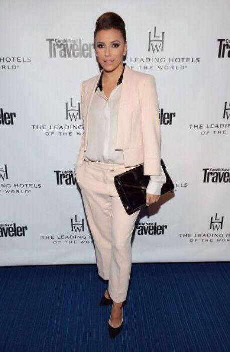 Eva Longroria tiene un estilo súper sofisticado que muchas mujeres busca...