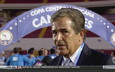 """Jorge Luis Pinto: """"Me voy con una gran satisfacción por lo que demostramos"""""""