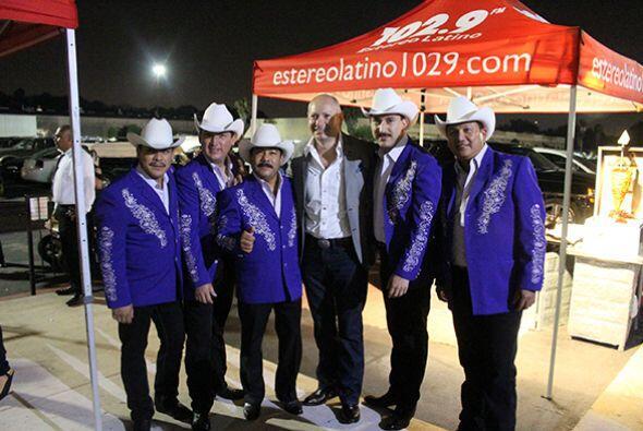 Disfrutando el gran evento #GraciasHouston Escucha El Show de Raú...
