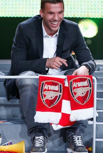 Lukas Podolski  del Arsenal. Así que no te extrañe que algún día celebre...