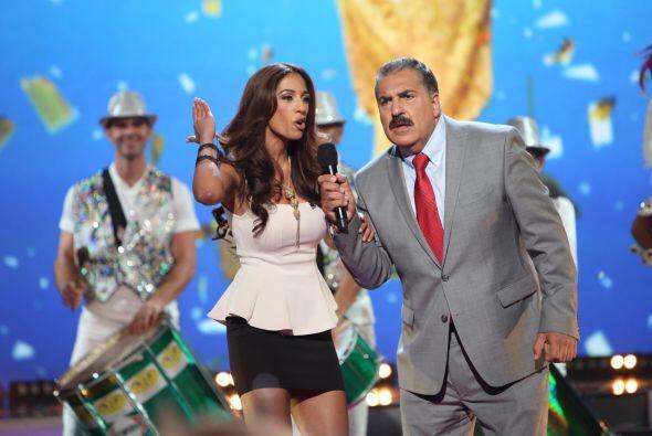 Fernando Fiore ayudó a una de las concursante con su prueba de talento.