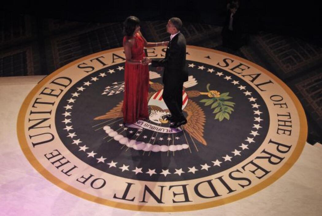El presidente Barack Obama y su esposa Michelle pusieron el broche a su...