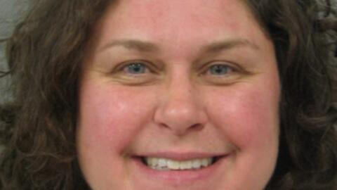 Marie Roberge, de 40 años de edad enfrenta cargos por asalto agra...