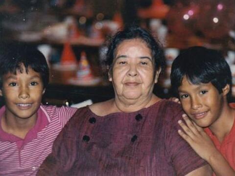 La abuela Victoria Castro emigró a Coahuila, México, a Est...