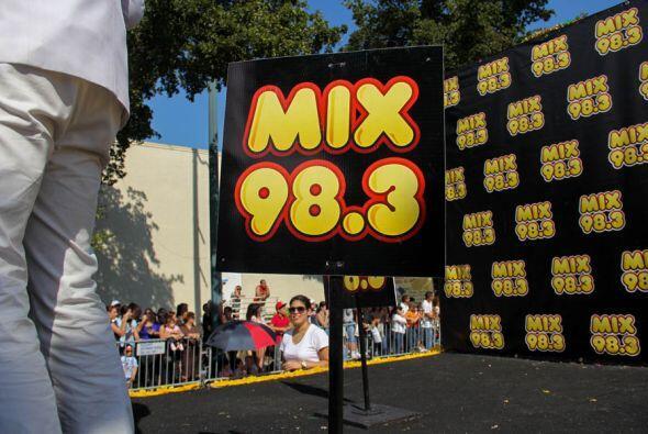 Mix 98.3 es variedad! Joven como tu!