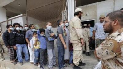 """Los libios quieren asegurarse de que su """"enemigo"""" está muerto y, por ese..."""