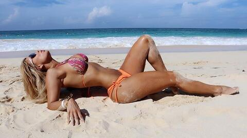 Heidy, originaria de Medellín, Colombia,  es una talentosa modelo...
