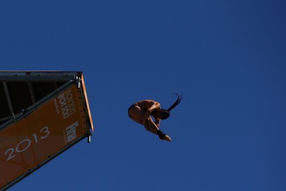 Te traemos las imágenes de los saltos de gran altura que Orlando Duque r...